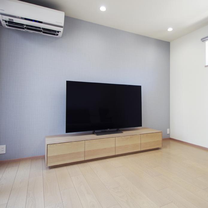 ホワイトオークのテレビボード width=