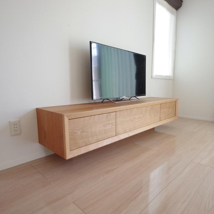 ブラックチェリーのテレビボード