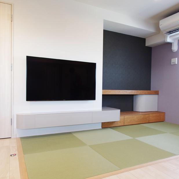 グレージュカラー塗装のテレビボード