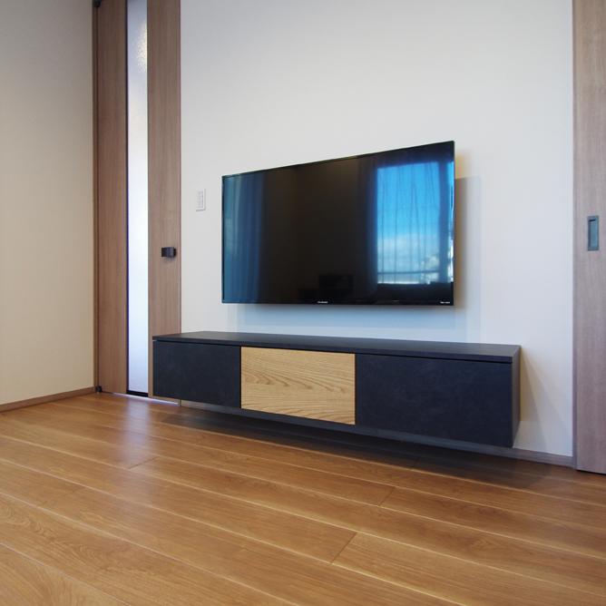 セミオーダーのフロートテレビボード